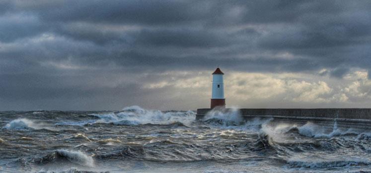 Portfolio Allocation When Safe Havens Get Stormy
